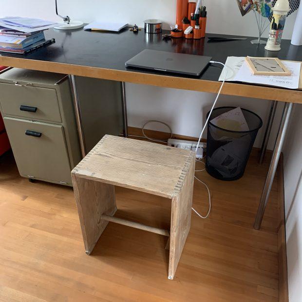 Hocker im Büro
